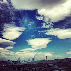 今日の1曲♪宮沢和史「雲の形が変わる前に」