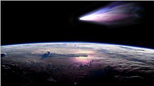 史上、最も明るく輝く彗星が発見される 他【PLATZ News】2012/10/04