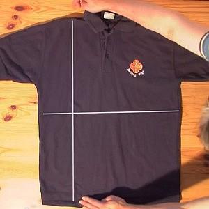 たった2秒でシャツをたたむ方法がすごい 他【PLATZ News】2013/06/20